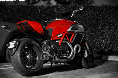 Diavel (Explored) (angad84) Tags: california ca blur bike monster canon la los dof angeles bokeh f14 parking lot motorbike pico motorcycle devil usm ducati cruiser canonef50mmf14 testastretta 50d desmodromic canoneos50d ltwin diavel
