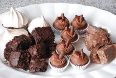 DSC_0522 (Lorraine McCarroll) Tags: cake candy sweet chocolate tasty mini fudge cupcake brownie facebook lollys twitter