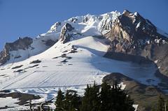 Mt Hood (iFl1ckr) Tags: snow mountains oregon volcano mthood pacificcresttrail cascade timberlinelodge downhillskirun