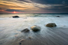 Misty Stones (Dietrich Bojko Photographie) Tags: sea seascape germany landscape deutschland see meer balticsea baltic filter rgen landschaft ostsee ruegen hitech mecklenburg vitt mecklenburgvorpommern dietrichbojko d7000 hitechreverse dietrichbojkophotographie