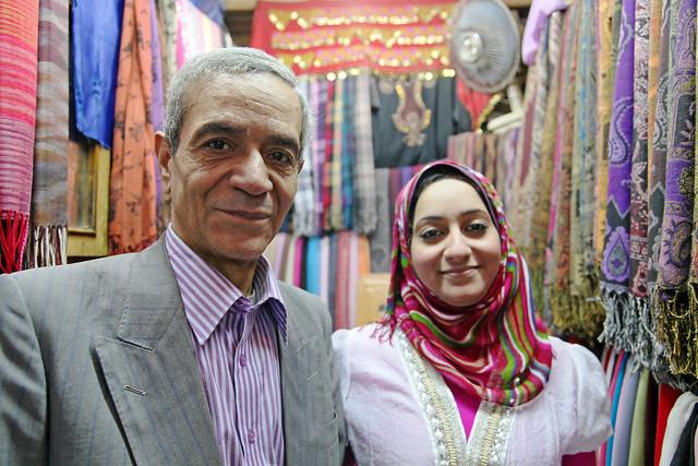 エジプト、カイロのストール屋