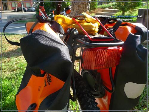 Bicicletas listas para hacer el Camino 5991876792_56d4f6e0d5