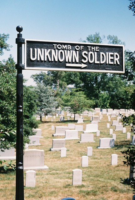 to the tomb of unknown soldier