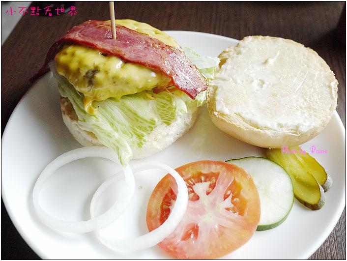 Joy漢堡 (8).JPG