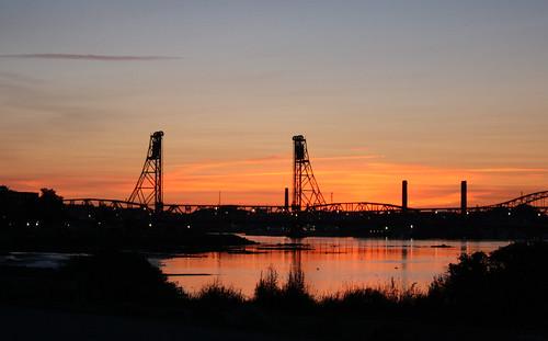 Silhouette Bridge