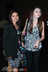 Ariel Winter and Saige Ryan Campbell (Music4mix) Tags: california birthday winter party summer ariel girl los nikon braces angeles ryan candid sb600 july event hollywood actress verano eden campbell tamron 31 13th midsommar sommar saige 2011 d80 madisonpettis 18250mm music4mix
