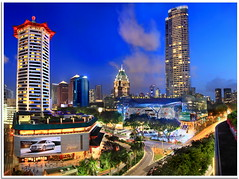 Ion Orchard Singapore n Marriot Hotel in Panorama View (Kenny Teo (zoompict)) Tags: blue light sunset sky building tower tourism beautiful skyline architecture night canon mall wonderful shopping lens landscape hotel photo yahoo google scenery photographer view walk tourist best getty kenny  marriot hotelmarriot cktang ionorchard zoompict eos5dmark2 kennyteo singaporelowerpiercereservoir