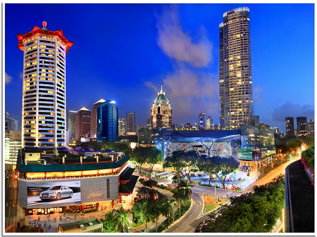 Ion Orchard Singapore n Marriot Hotel in Panorama View
