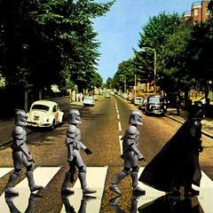 220/365 | Abbey Road (egerbver) Tags: reflection toy toys actionfigure starwars replica photographs actionfigures same similar stormtrooper abbeyroad parody recreation 365 darthvader crosswalk clone homage copy remake macmillan alternative reconstruction thebeatles hasbro parodies redo reconstruct clonetrooper recreate clonetroopers influencial davideger 365daysofclones ilanmacmillan