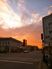 Savannah Sunrise (Kevin Lawver) Tags: sunrise savannah earlyriser broughtonst scadtheater