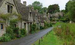 Bibury, Cotswolds (tokyoshooter) Tags: leica uk 35mm summilux asph m9 bibury 2011 costwolds