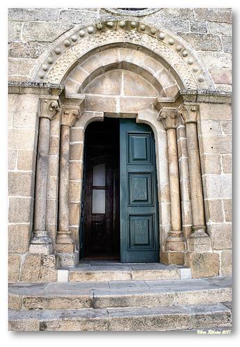 Portal principal da igreja matriz de Melgaço by VRfoto