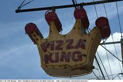 2011-08-10B 083 Chesterfield Indiana (Badger 23 / jezevec) Tags: pizza king restaurant sign znak tegn zeichen signo mrk signe enklas sein   merkki    food eat neon        fnycs neonlamp neonrr 2011 indiana badger23 jezevec  lindiana     madisoncounty america usa american