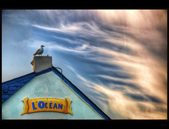 King of the hill (Kemoauc) Tags: sky cloud france nikon hdr d90 croisic nikond90 kemoauc