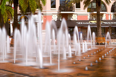 (lemank) Tags: water fountain westpalmbeach daytimelongexposure 10stopsndfilter bw110neutraldensitynd30filter worldwidephotowalk2011
