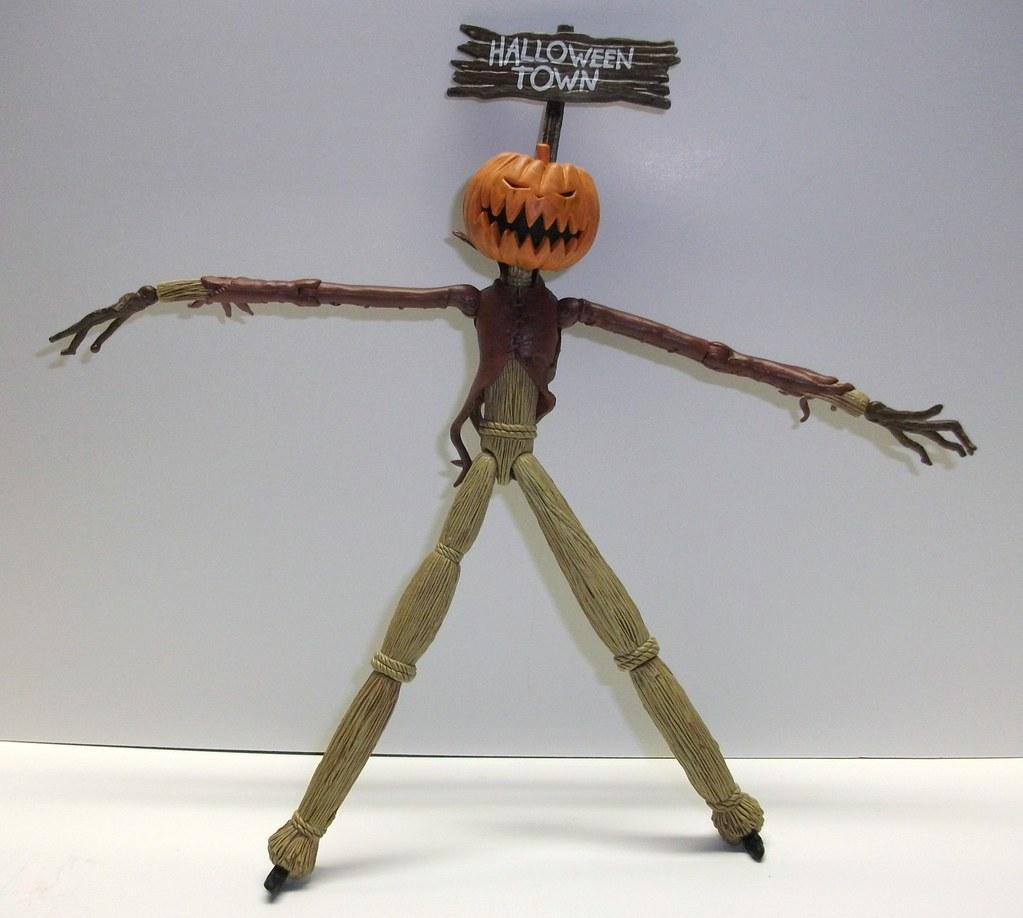 Figure Review: Pumpkin King | Infinite Hollywood