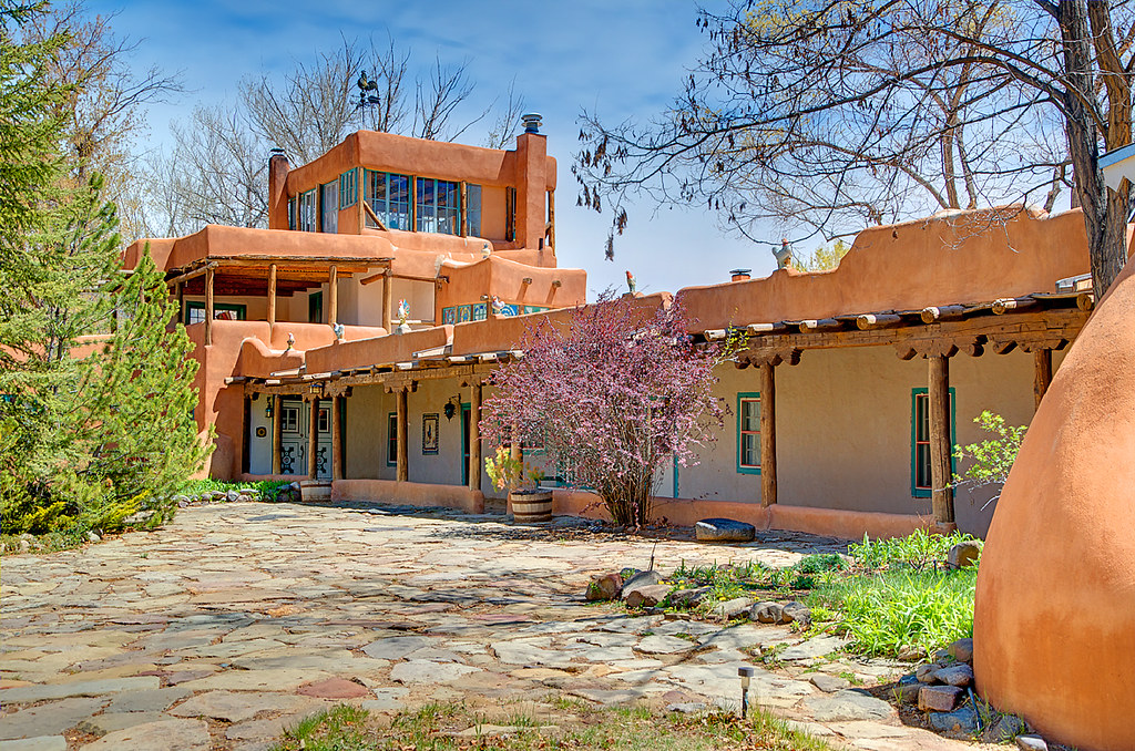 Mabel's courtyard in Taos NM