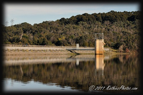 The weir wall at Lysterfield Park