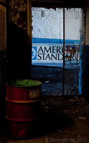 American Standard - 18-105mm lens 108