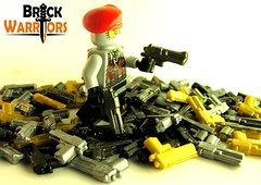 BrickWarriors Desert Vulture (Thrashq4g) Tags: modern gun lego military prototype minifig custom legogun customminifig modernmilitary desertvulture brickwarriors