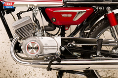 Yamaha AS3 Red 1971 54 (Yamaparts Photo) Tags: light red classic museum vintage japanese 1971 motorcycle yamaha restoration 125cc as3 yamahamotorcycle yas3 brilliantred yamaparts