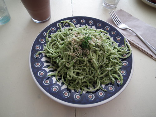 raw pesto noodles
