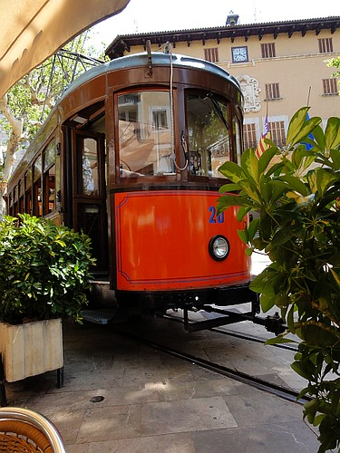 Sóller to Port de Sóller tram