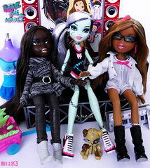 Bratz P4F Top Modelz 2011- Week3- Role Modelz (and Elimination2) (BratzLuv!) Tags: 2 monster work felicia high team jessica top frankie entertainment mga stein anya mattel brigitte lillie bratz role golightly popularity 2011 youtube elimination modelz p4f psychoz watzit