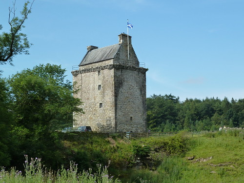 Gilnockie Tower, Clan Armstrong