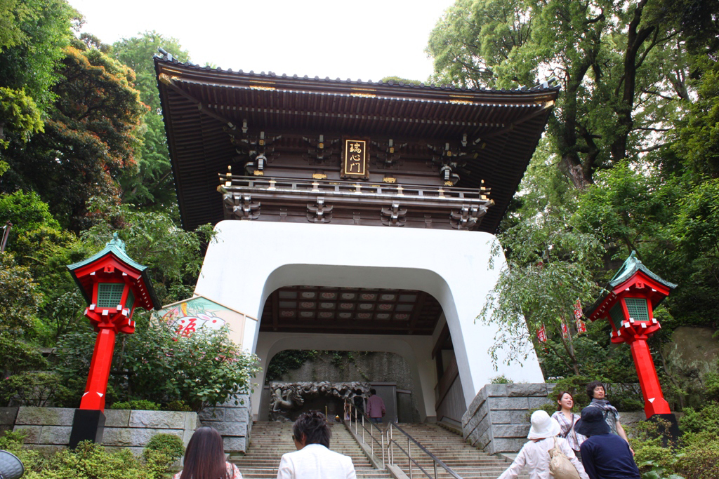 A walking guide of Enoshima (6)