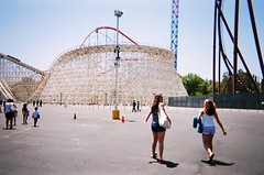 34560026 (yasaraphoto) Tags: film disposablecamera rollercoaster magicmountain sixflags disposable hurricaneharbor