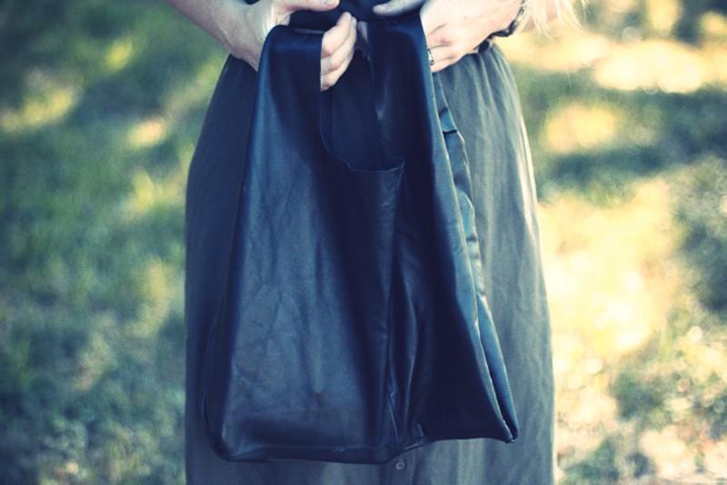 Dirty Hems DIY leather tote bag 1.jpg_effected