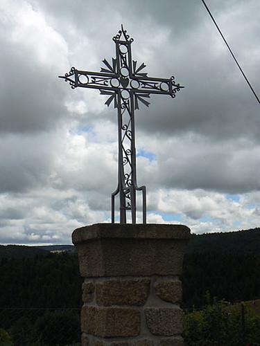 croix de métal.jpg