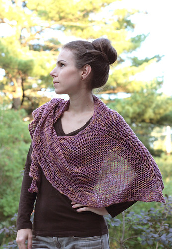 TFA Year in Colour Club - Sept. 2011 - Uxbridge Shawl