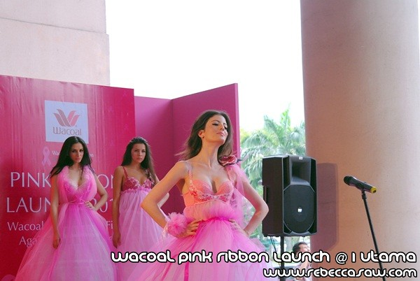 Wacoal Pink Ribbon Launch @1 Utama-7