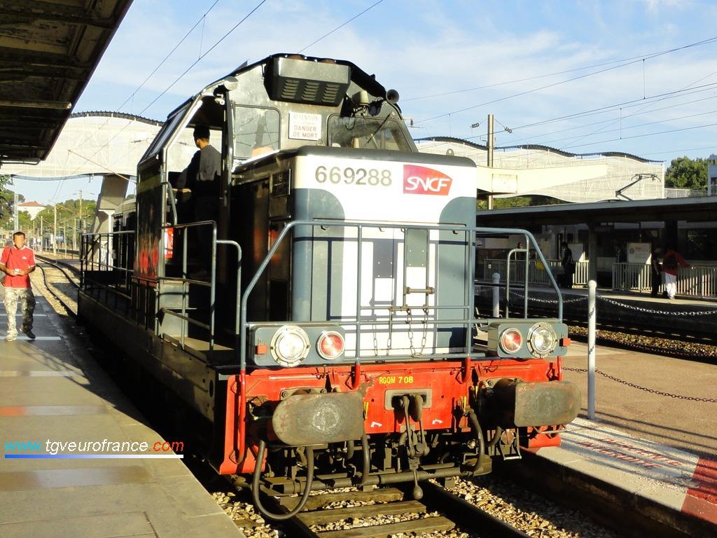 Une locomotive Diesel-électrique BB 69000