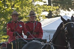 RCMP Carriage (Tawaw) Tags: horses canada flag ottawa police rcmp equestrian stetson mounties mountedpolice royalcanadianmountedpolice policehorses musicalride redserge canadianpolicecollege