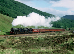 County March Summit. (Kingfisher 24) Tags: mountains scotland heather railway coaches b1 stirlingshire k1 jacobite 62005 61264 pentaxsfxn