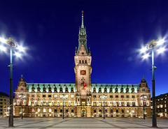 Hamburg Rathaus at Dusk (zxof.rey) Tags: longexposure sunset sea water canon germany landscape evening cityscape nightshot martin dusk cityhall hamburg wideangle rey townhall rathaus ultrawide canoneos 1022mm canoneos50d canon50d reymartin