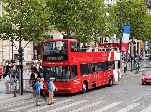 Les Cars Rouges Bus