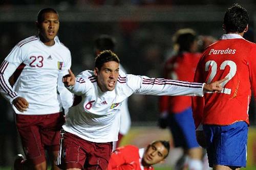 Gabriel-Cichero-celebra-el-segundo-gol-vinotinto-ante-Chile.expand-1