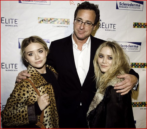 mary-kate-olsen-comedian-bob-saget-and-ashley-olsen2