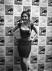 Comic-Con Batch A_0002 (Andy Reaser) Tags: tv 645 sandiego pentax delta chloe hollywood press 3200 comiccon ilford junket ninelives abcfamily chloeking skylersamuels theninelivesofchloeking ninelivesofchloeking tnlock