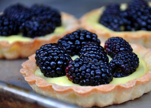 Lemon Curd Tartlets With Blackberries