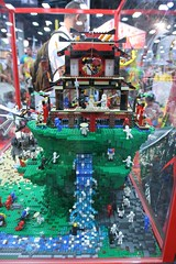 Ninjago Display Case - LEGO Booth at Comic Con - 6