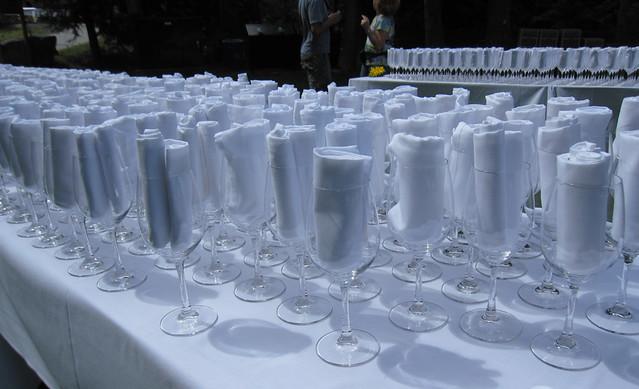 Entrance: wine glasses