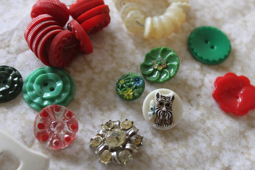Treasures in buttons 3