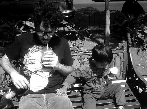 Disfrutar la ciudad con niños by jorgepedrouribe