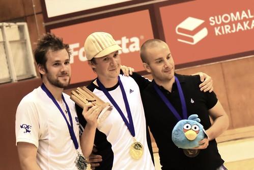 Tuomas Kärki, kaksinkertainen verkkofootbagin kaksinpelin maailmanmestari. Francois Pelletier sijoittui toiseksi ja Matti Pohjola kolmanneksi