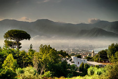 Hills (FrankTheLank) Tags: ocean italien sea summer italy green town meer village sommer hills berge stadt landschaft hdr